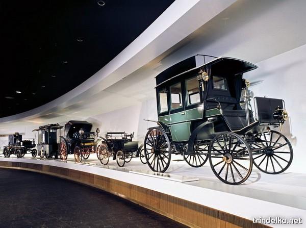 mercedes-benz-museum-26_1305_.jpg