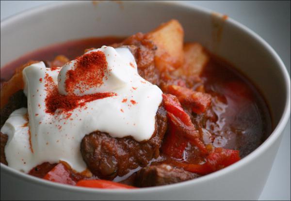 Гуляш из свинины по-венгерски рецепт с фото пошагово