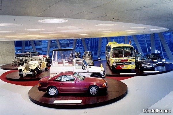 mercedes-benz-museum-26_1315_.jpg