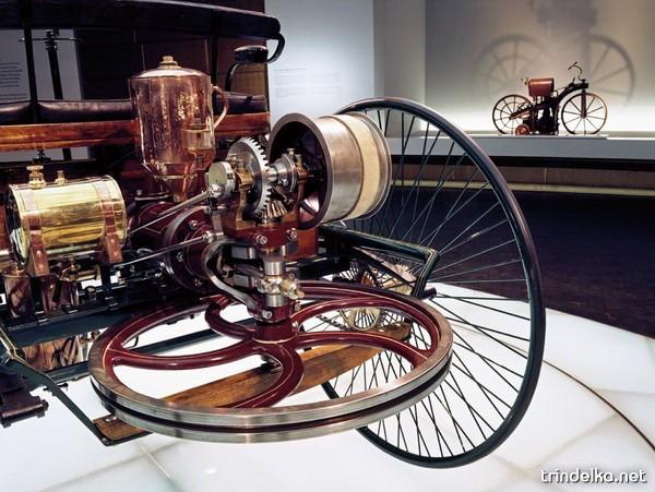 mercedes-benz-museum-26_1306_.jpg