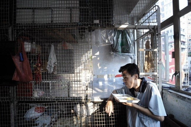 Жизнь китайцев в клетках в Гонконге Thumb_78_6e6692e10e2d448505a4613f3db01def
